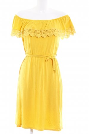 Anna Field Off-The-Shoulder Dress dark yellow casual look