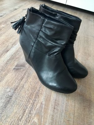 Anna Field Wedge Booties black