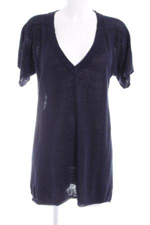 Anna Purna Camisa con cuello V azul oscuro look casual