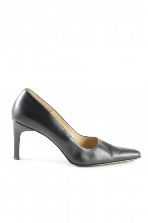 Anne Klein Pointed Toe Pumps black business style