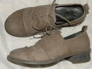 Annette Görtz Zapatos brogue marrón grisáceo
