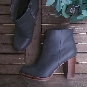 Another A Stiefeletten, grau