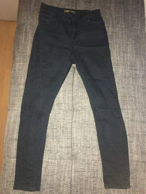 Anthrazit farbene destroy jeans