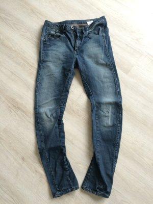 Anti-Fit Boyfriend-Jeans