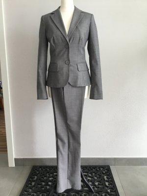 Anzug von Benetton in einem edlen Grau