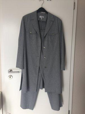 Anzugsjacke mit Hose
