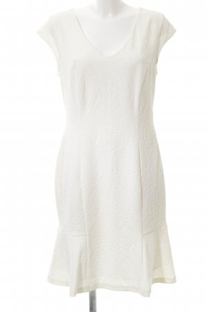 Apanage Sheath Dress cream casual look