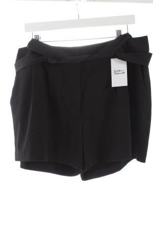 Apart Shorts negro estilo clásico