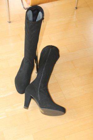 Apart Stiefel schwarz ungetragen neu