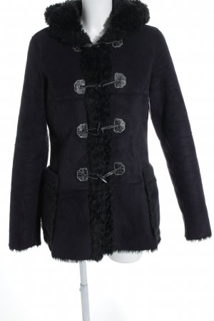 Apart Wintermantel schwarz Street-Fashion-Look