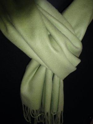 Wollen sjaal olijfgroen