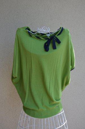 apfelgrüner Strickpullover