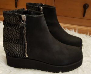Apple of Eden Ankle Boots