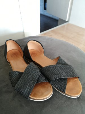 Apple of eden Mules black