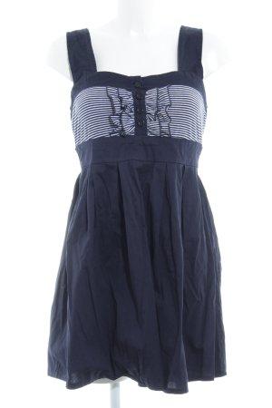 Apricot A-lijn jurk donkerblauw-wit gestreept patroon romantische stijl