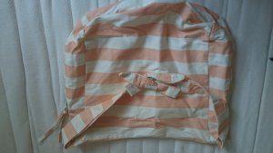 Apricot -weiß gestreifte beuteltasche