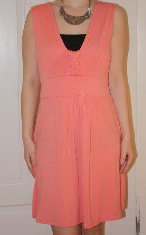 Apricotfarbenes / hellorangenes / lachsfarbenes Sommerkleid von Primark