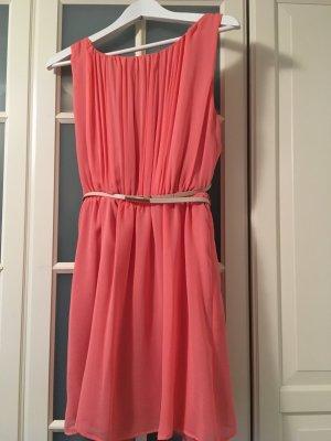 Apricotfarbenes Kleid ( Mango Suit)