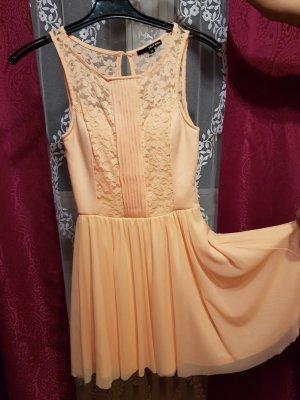 Apricotfarbenes Sommerkleid ✔(Angebot)