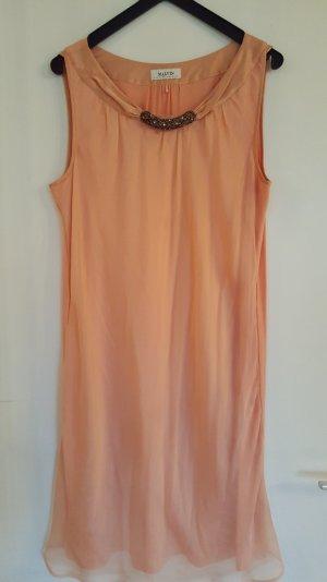 Aprikotfarbenes Sommerkleid mit Pailletten von Malvin Gr 38