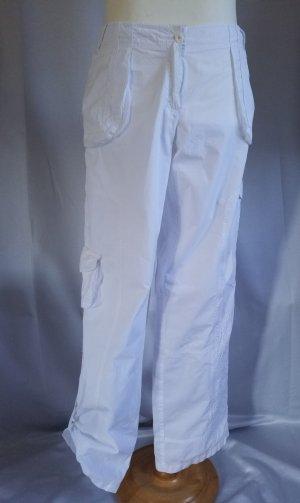 Apriori, leichte Hose,Cargostile weiß mit  Stickerei am Bein, Gr. 44