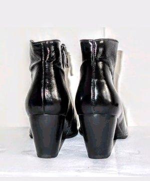 ARA Lackleder Stiefelette Boots Neuwertig