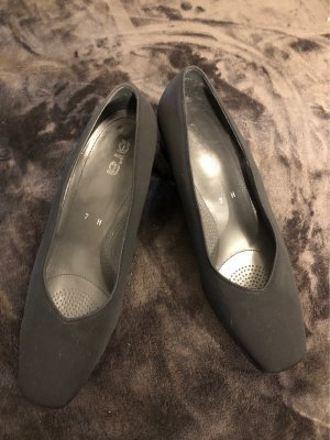 ara Slip-on Shoes black