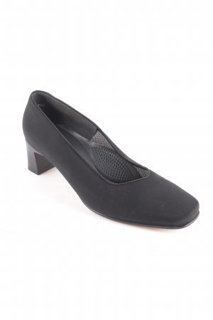ara Pumps black casual look
