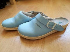Pantofola azzurro