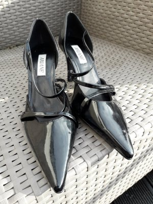 Arianne Pointed Toe Pumps black