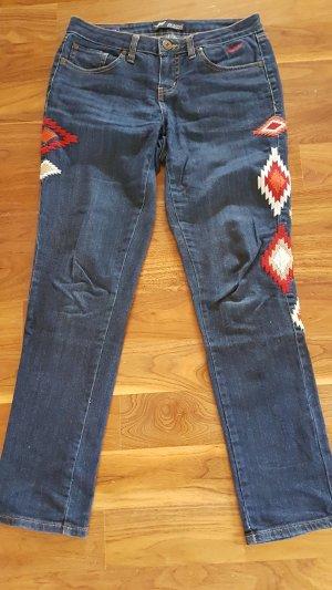 Arizona Jeans mit Ethno Stickerei