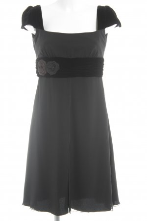 Armani Collezioni Abendkleid schwarz klassischer Stil