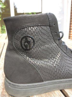 Armani Designer Sneaker schwarz Größe 37