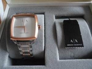 Armani Exchange Watch With Metal Strap silver-colored