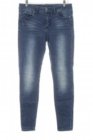 Armani Exchange Vaquero skinny azul acero degradado de color look casual