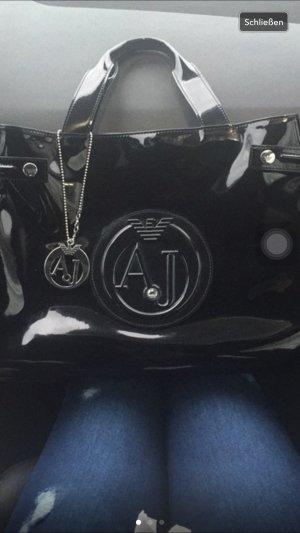 Armani Handtasche Lack