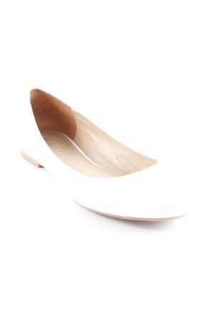 Armani Jeans Bailarinas de charol con tacón blanco puro estilo sencillo