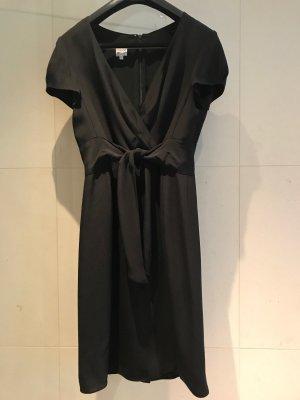 Armani - Kleines Schwarzes für viele Anlässe - Designerkleid