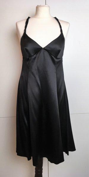 Emporio Armani Vestido de cóctel negro tejido mezclado