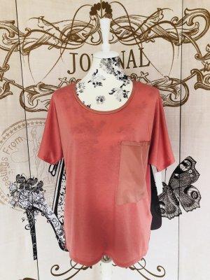 Armani Rosa T Shirt!