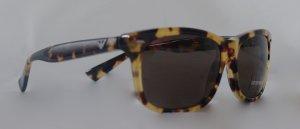 Armani Sonenenbrille mit Havanna braunen Gestell und Gläsern