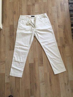 Armani- weiße Dreiviertelhose
