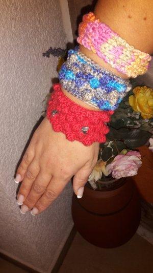 Armbänder aus strick verschiedene sorten