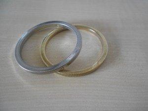 Armbänder in Silber und Gold