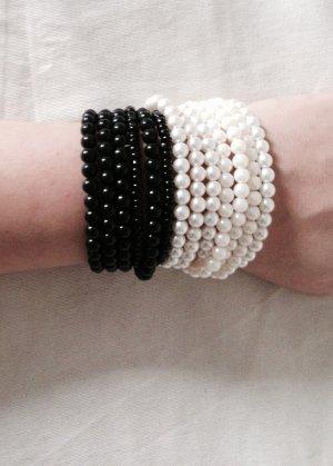 Armbänder Perlen schwarz weiss neu