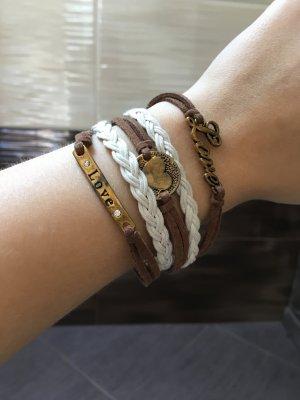 • Armband •