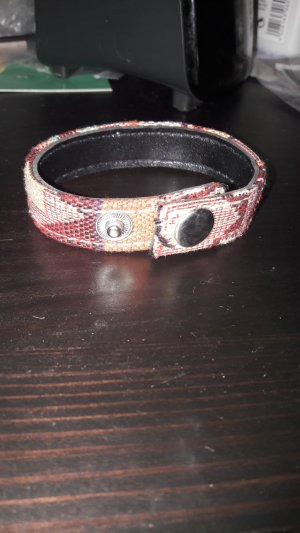 Armband aus Textil