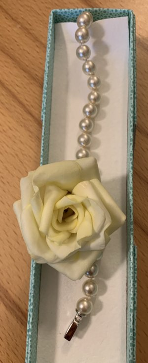 Armband *Classy Pearl* in cremeweiß, 21 cm