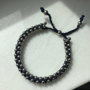 Armband in Blau und Silber