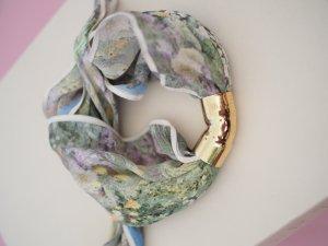 Bracelet multicolore soie